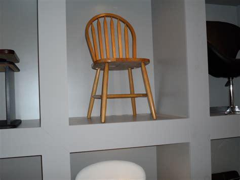 mobilier de cuisine a vendre chaise cuisine grise le monde de léa