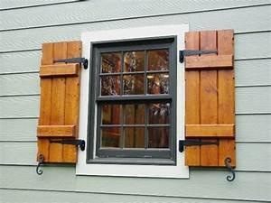 Fensterladen aus Holz Schutz und Stil!