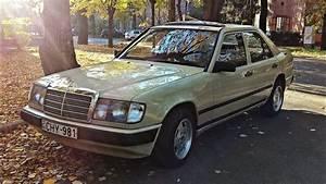 Mercedes W124 200d 1985