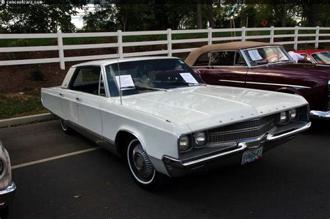 1968 Chrysler New Yorker History, Pictures, Sales Value ...
