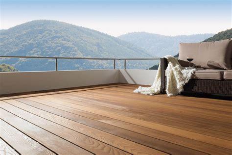 Terrassendielen Die Neuen Materialien by Bodenbel 228 Ge F 252 R Die Terrasse Barfu 223 In Den Sommer 187 Livvi De