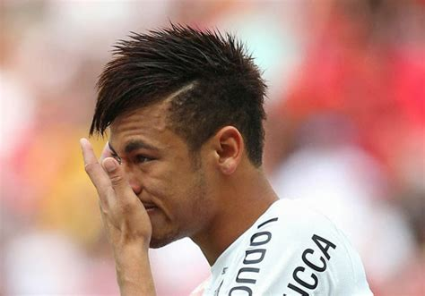 Neymar Haircut & Hairstyle Picture