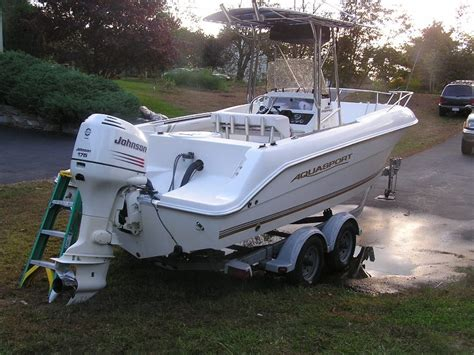 Fishing Boats For Sale Done Deal by 2002 Aquasport 205 Osprey Deal Pending The Hull