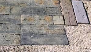 Terrassenplatten Holzoptik Beton : bildergebnis f r beton holzoptik selber machen terrassenplatten terrasse nat rliche bodenbel ge ~ A.2002-acura-tl-radio.info Haus und Dekorationen