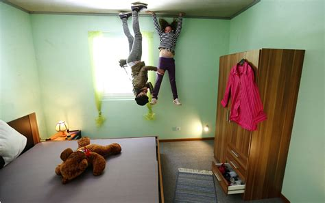 Touring The Upside-down 'crazy House' In Germany