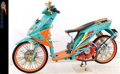 Motor Thailook Beat by Modifikasi Motor Honda Beat Model Thailook Thailand Look