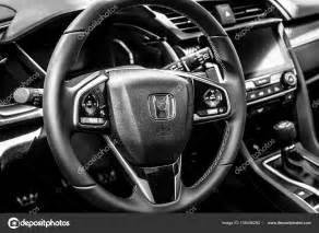 Honda Civic Sport Plus : interior of the compact car honda civic 1 5 sport plus 2017 black and white stock editorial ~ Medecine-chirurgie-esthetiques.com Avis de Voitures