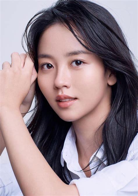 Top 10 Most Beautiful Korean Actresses According To ...