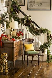 21, Best, Ways, To, Decorate, Your, Stairs, In, This, Christmas