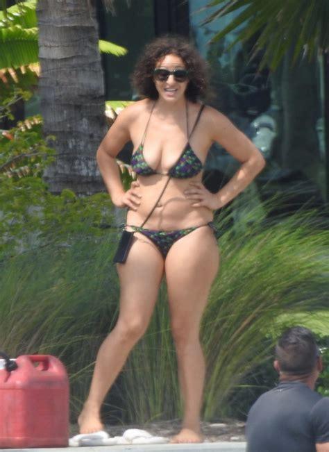 nicole tuck bikini  fappening   celebrity