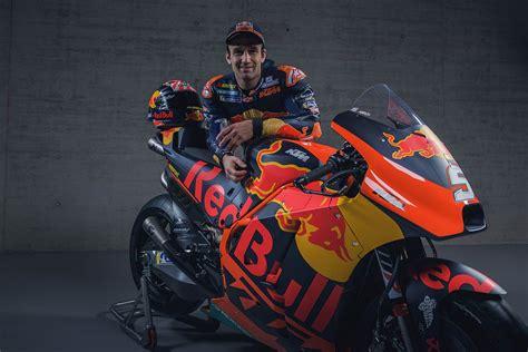 ktm rc rennbikes beim motogp  start motorsport