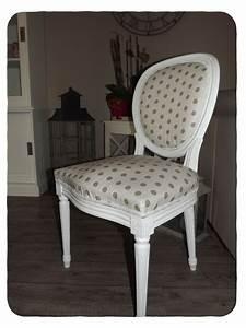 Chaise Medaillon But : chaises medaillon ~ Teatrodelosmanantiales.com Idées de Décoration