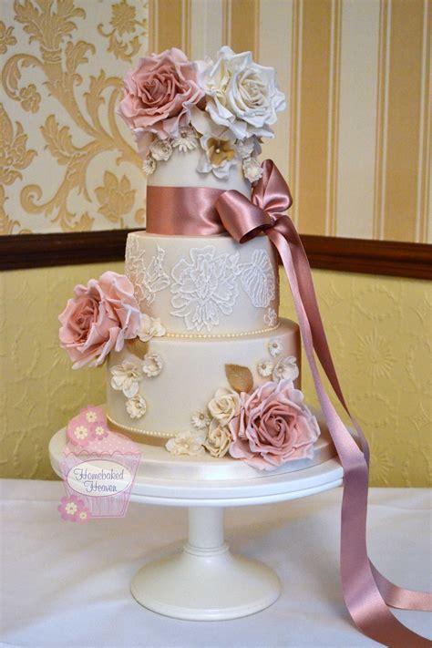 wedding cake  dusky pink  ivory roses daisies