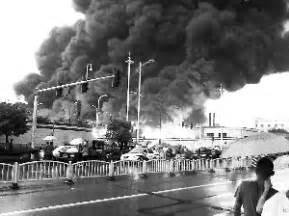湖南旺旺工厂发生大火(图)_产经_公司新闻_新浪财经_新浪网