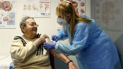 Přihlášení k očkování probíhá ve dvou krocích. Registrace K Očkování - fade-dpictures