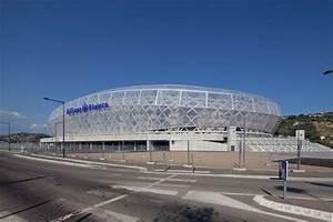 Wilmotte Et Associés : wilmotte et associes stade de football ~ Voncanada.com Idées de Décoration