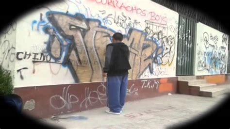 Graffiti Vandal :  Youtube