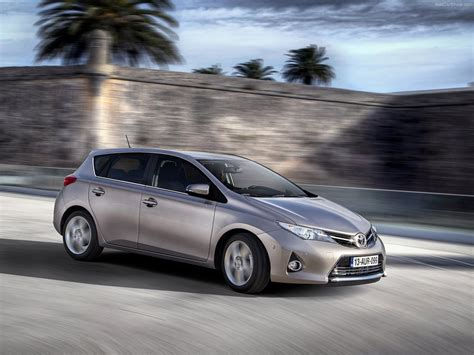 Free Car Wallpapers Automobiles Toyota by Pin By Pozadine Info On Wallpaper Toyota Auris Toyota Car
