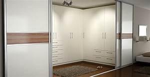 Ankleideraum Im Schlafzimmer : begehbaren kleiderschrank selber bauen ~ Lizthompson.info Haus und Dekorationen