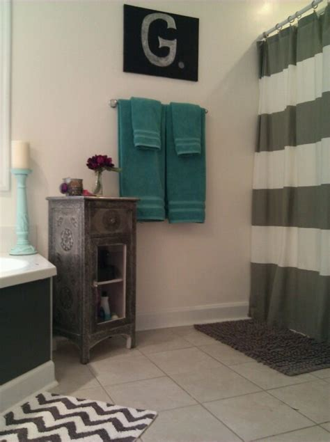 gray and teal bathroom 25 best ideas about teal bathroom accessories on