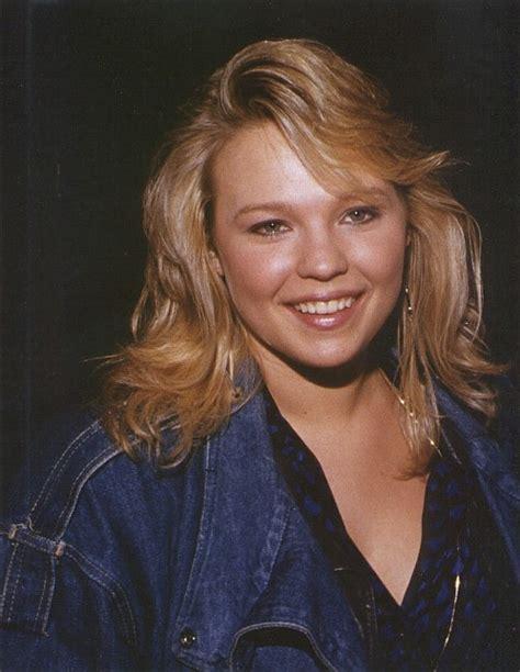actress kellie waymire kari michaelson