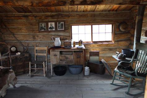 vintage sliding doors small cabin furniture rustic small cabin interior rustic