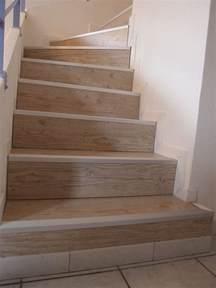 habiller un escalier en parquet poser du parquet flottant sur un escalier lesbricoleursdebutants overblog