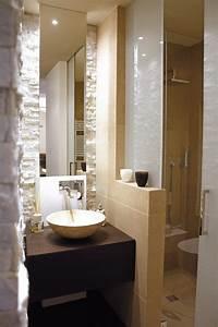 Runder Spiegel Holz : kleines bad waschtisch holz runder aufsatzbecken spiegel hinterbeleuchtung wc pinterest ~ Indierocktalk.com Haus und Dekorationen