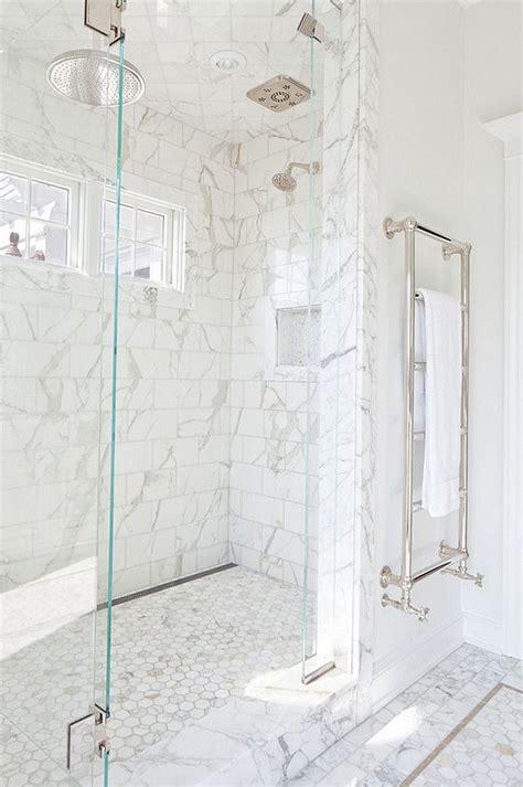 marble tile bathroom ideas 25 best ideas about bathroom hardware on gold