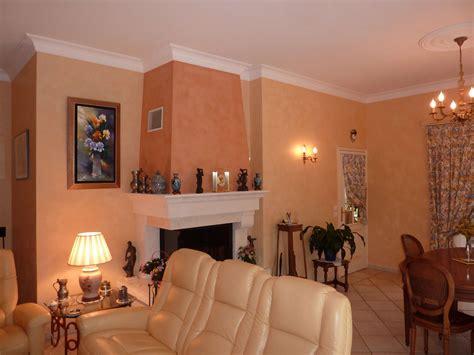 peinture 224 la chaux dans une villa fr 233 jus var grimaud lavandou