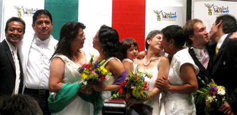 gay couples  adopt  mexico city   arent