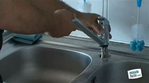 changer robinet evier cuisine changer robinet cuisine plomberie comment raccorder un