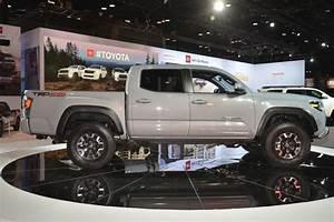 2020 Toyota Tacoma Unveiled With Mild Styling Updates