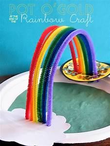 St. Patrick's Day Kids Crafts | Blissfully Domestic