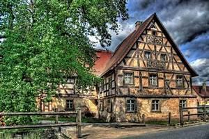 Häuser Im Mittelalter : die mittelalterliche stadt ~ Lizthompson.info Haus und Dekorationen