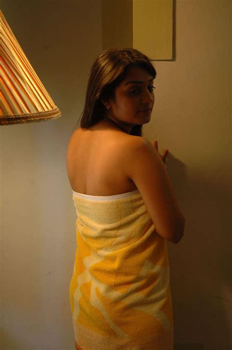 Sexyvideosandphotos Nikitha Hot Photos In Towel South