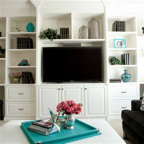 Tv In Bookcase by Built In Shelves Around Tv Search For The Home