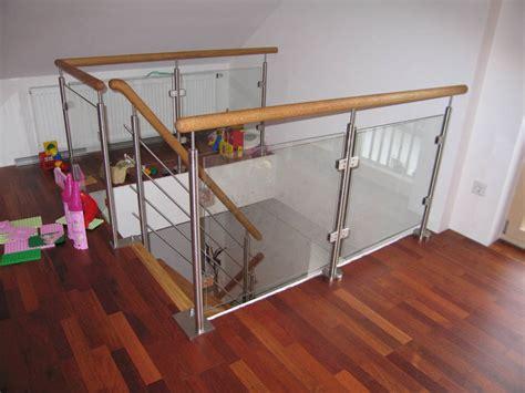 Geländer Treppe Holz by Treppen Treppen Moosbauer