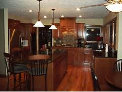 Photos Of Kitchens With Pendant Lights by ISLAND KITCHEN LIGHTING OVER PENDANT KITCHEN DESIGN PHOTOS