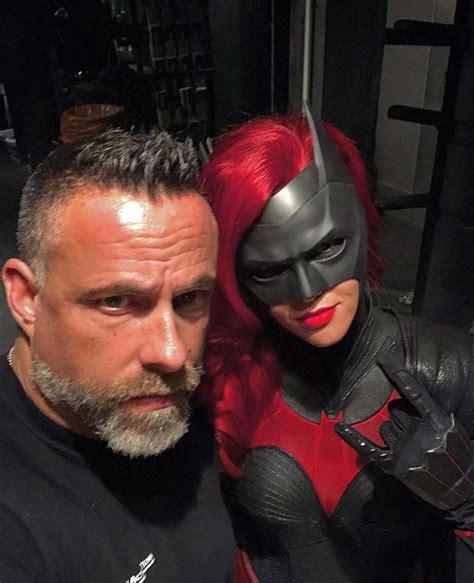 batwoman   arrowverse  maskripper