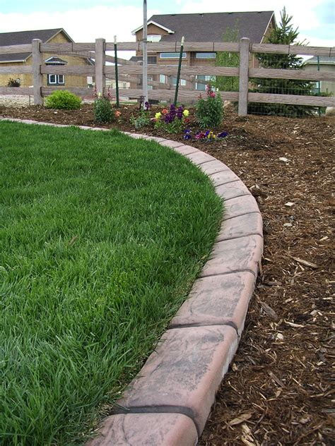 concrete edging  colorado springs   sweet