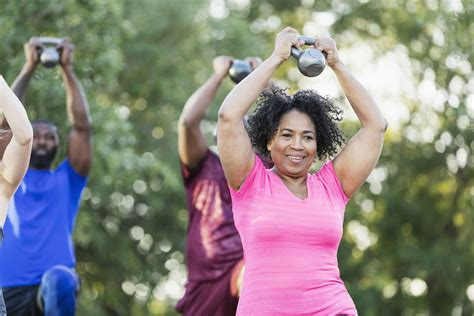 kettlebell senior shoulder halo exercise woman class goals