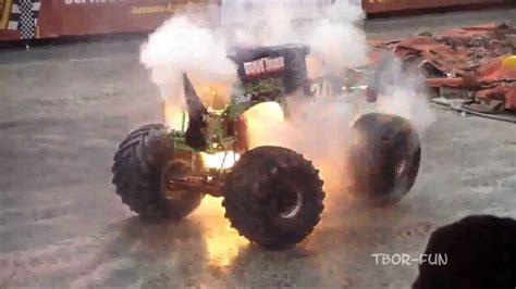 monster truck videos crashes best of monster truck grave digger jumps crashes