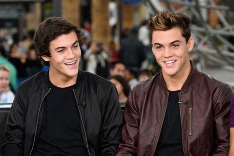 28 Injured At Dolan Twins Show In New Jersey