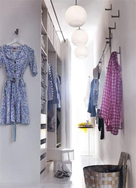begehbarer kleiderschrank bild  schoener wohnen