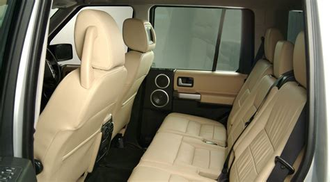 land rover discovery  xs  latest model  price