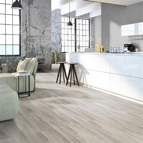 Provincial Silk Oak 7mm Flat Edge AC3 2.245m2   Laminate