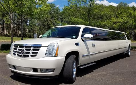Limousine Rental Service by Layback Lightup