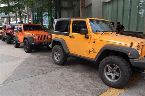 mobil jeep lama harga jeep akan naik sai rp 300 juta merdeka com