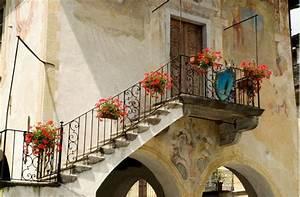Treppe Hauseingang Kosten : treppen die heimlichen stars der handwerker ~ Lizthompson.info Haus und Dekorationen